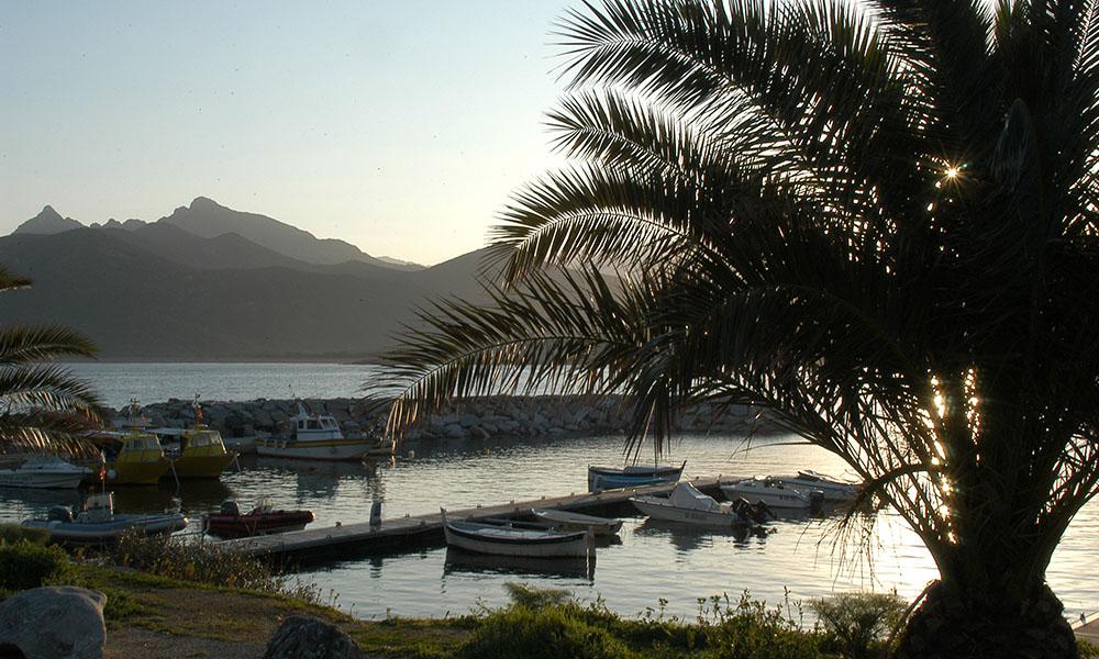 Port_2_Incantu_Galeria_Corse